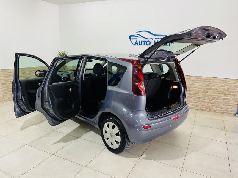 Nissan Note 1.4 Visia - 2011 - Gasolina