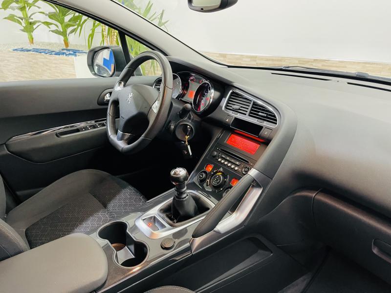 Peugeot 3008 1.2 PureTech S&S Style - 2016 - Gasolina
