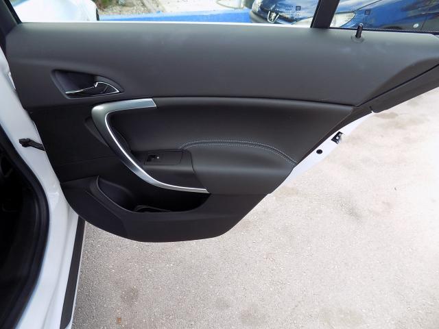Opel Insignia 1.6 CDTI ecoFLEX Selective del año 2016 a la venta en Benissa, Alicante.