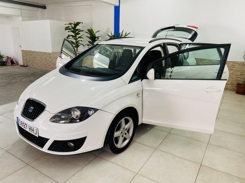 Seat Altea XL 1.4 TSI Reference - 2011 - Gasolina