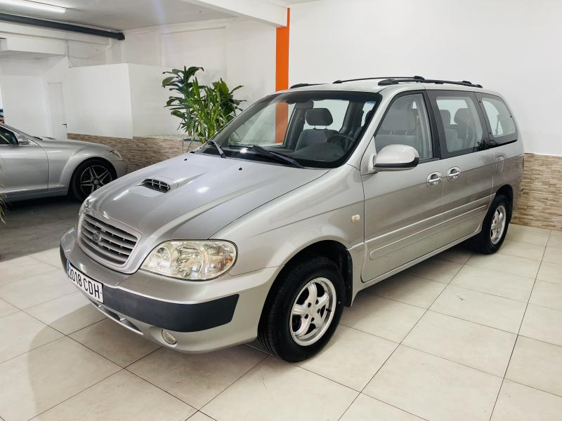 Kia Carnival 2.9 CRDi - 2003 - Diesel