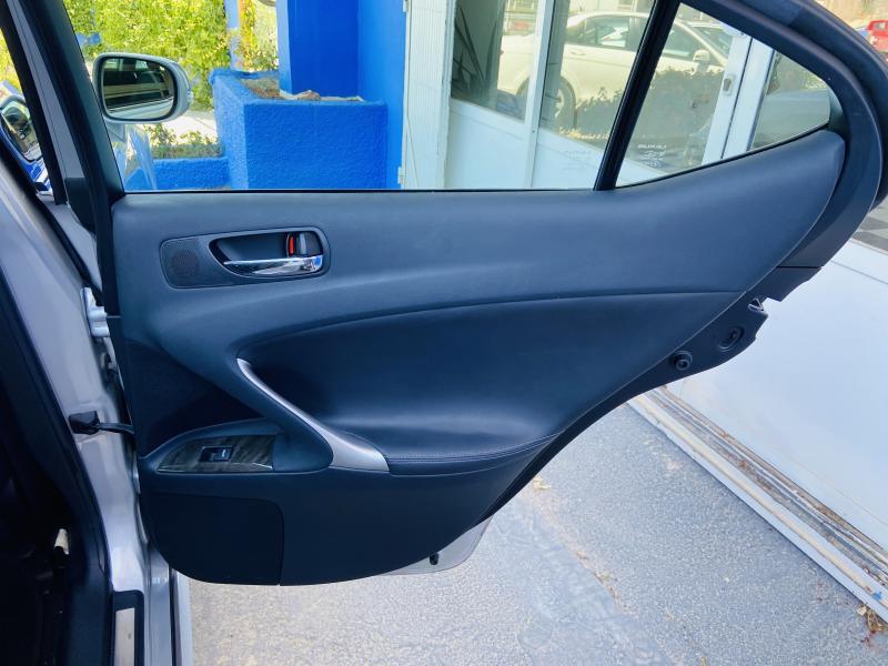 Lexus IS 220 - 2010 - Diesel