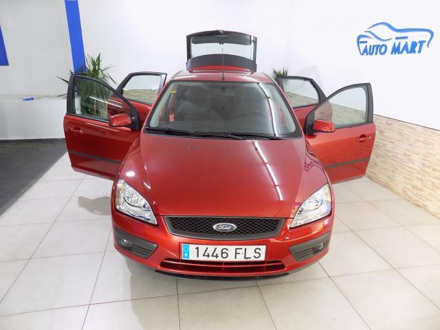 Ford Focus 1.6 del año 2006 a la venta en Benissa, Alicante.