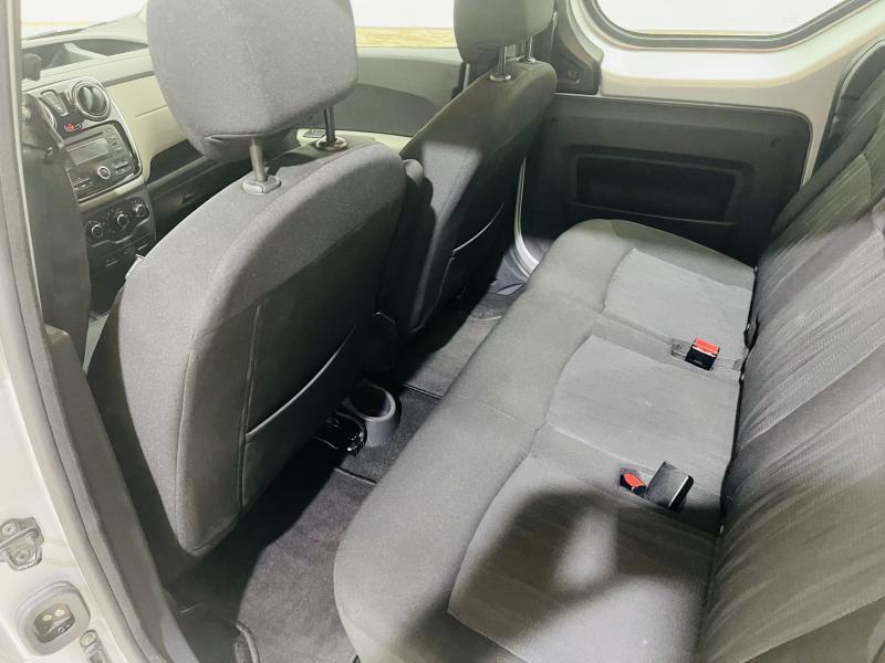 Dacia Dokker Ambiance Plus - 2016 - Gasolina
