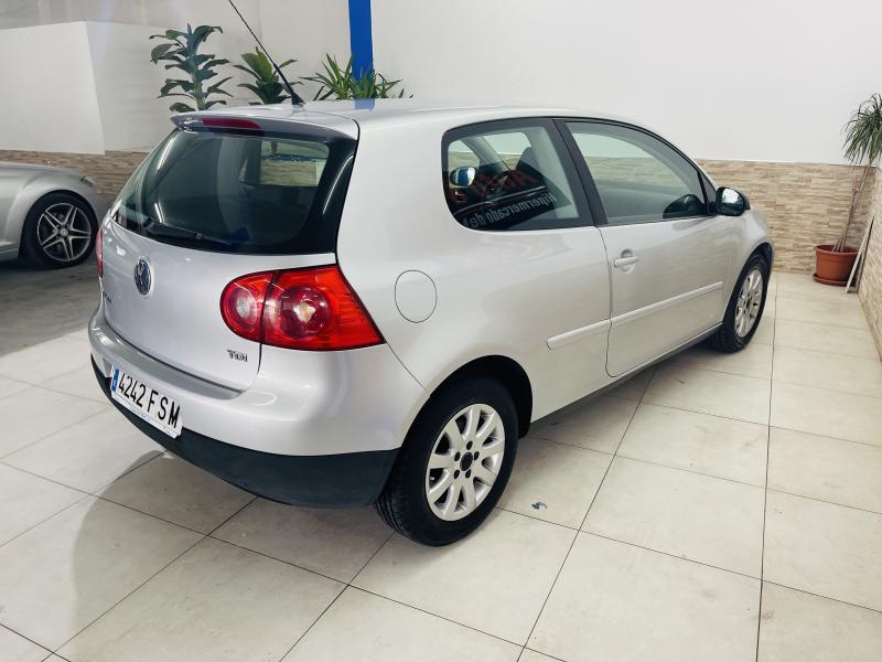 Volkswagen Golf 1.9 TDI Aut. - 2007 - Diesel