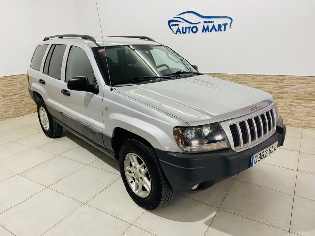 Jeep Grand Cherokee Laredo 4x4 - 2004 - Gasolina