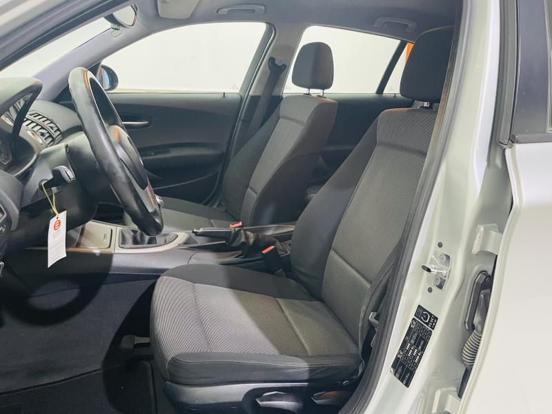 BMW Serie 1 - 116i - 2005 - Gasolina