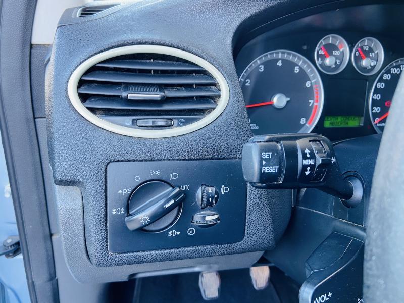Ford Focus 1.6 TI-VCT Ghia - 2006 - Gasolina