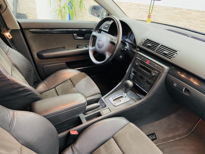 Audi A4 Avant 2.0 Aut. - 2003 - Gasolina
