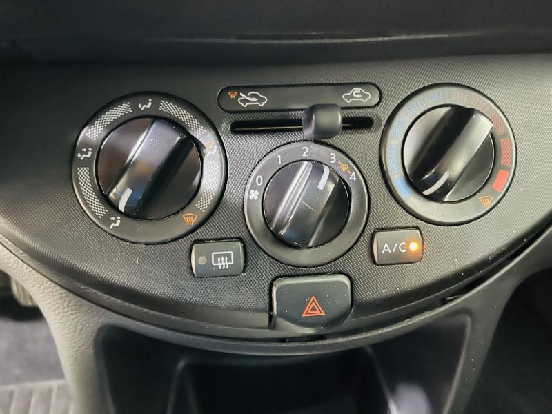 Nissan Note 1.4 - 2011 - Gasolina