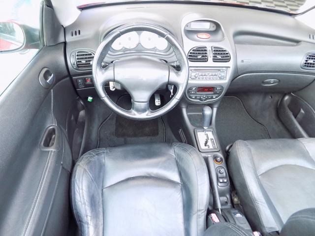 Peugeot 206 CC 1.6 - 2002 - Gasolina