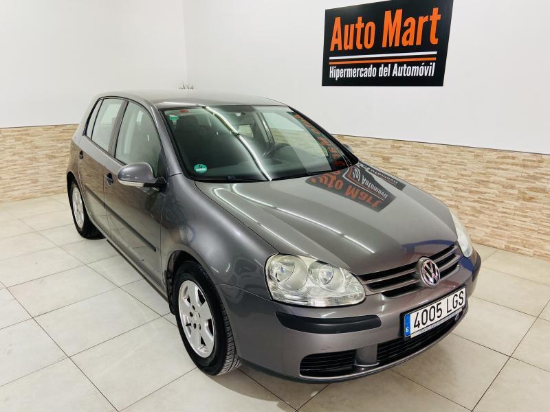 Volkswagen Golf 1.6 Trendline - 2005 - Gasolina