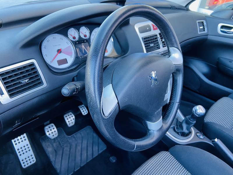Peugeot 307 1.6 CC - 2008 - Gasolina