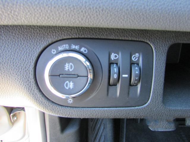 Opel Meriva 1.7 CDTi Cosmo del año 2010 a la venta en Benissa, Alicante.