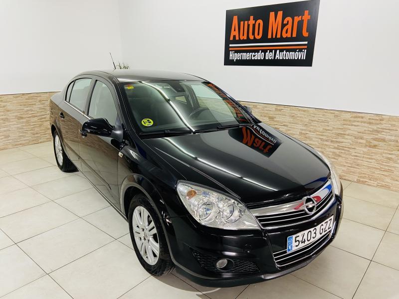 Opel Astra Sedan 1.7 CDTi Edition - 2010 - Diesel
