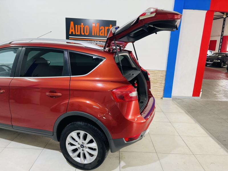 Ford Kuga 2.5 Powershift Titanium - 2010 - Gasolina
