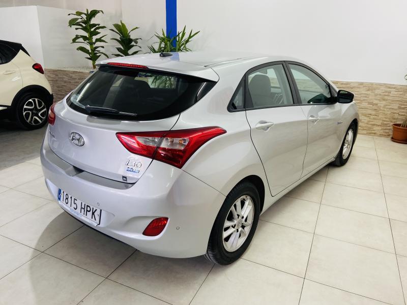 Hyundai i30 1.6 GDI BlueDrive Tecno S - 2013 - Gasolina